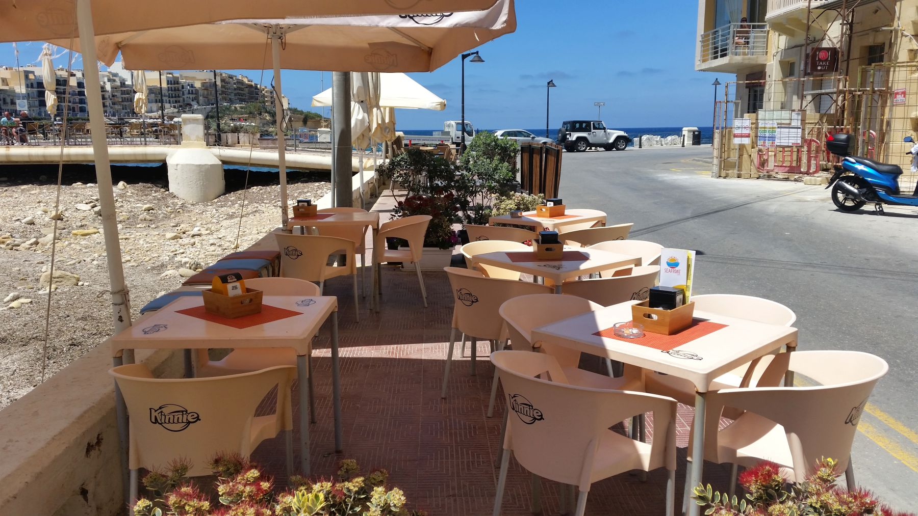 seafront cafe15